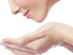 身体皮肤干燥如何保养
