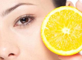 皮肤干燥补充什么维生素