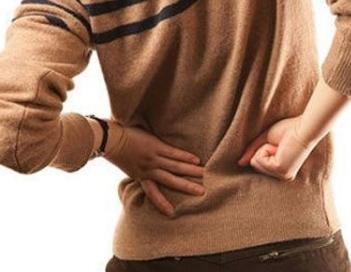后背酸痛是肾虚吗