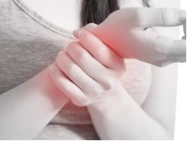 关节疼痛是怎么治