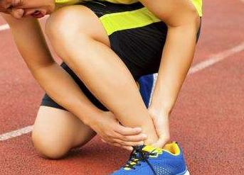 运动损伤肌肉拉伤怎么办