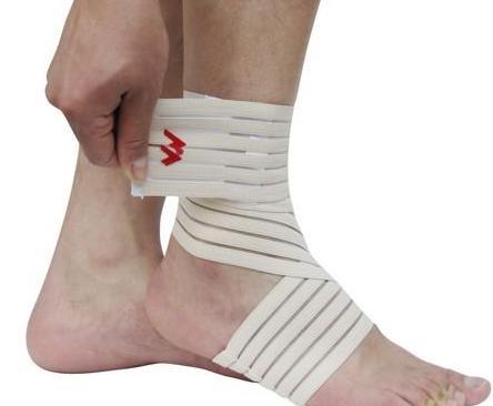 脚踝韧带拉伤什么症状