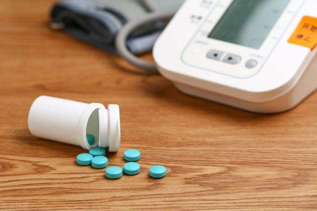 降压药什么时候吃效果最好?吃对了,事半功倍!