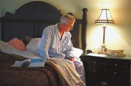为什么老年人夜尿增多?